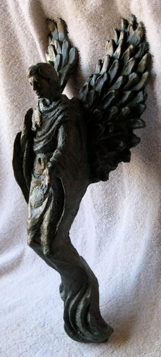 Bronze (40x20x11). Escultura que es dona de regal als professors quan es jubilen a Turó.