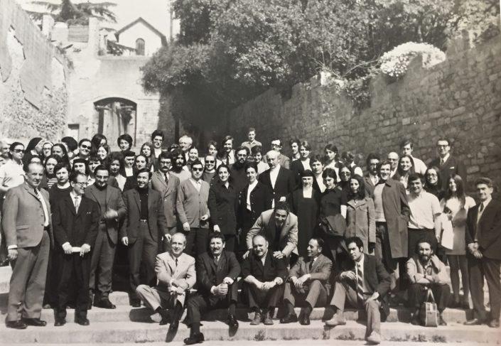 Dia de Sant Jordi, patró de la Escola, al Monestir de Pedralbes, amb els professors i els alumnes de Preparatori.